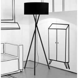 Czarna lub biała lampa podłogowa Hampton